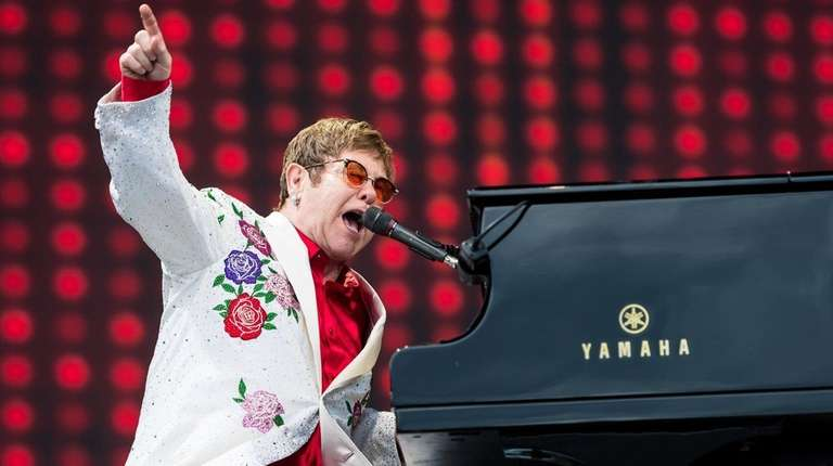 Elton John to be honored with star-studded show at MSG theater