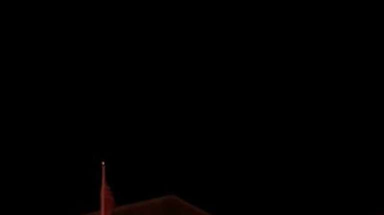 Long Islanders are displaying their holiday lights and
