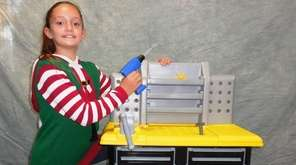 Kidsday reporter Chloe Roemig helped first-graders in her