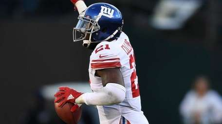 Giants safety Landon Collins celebrates after recovering a