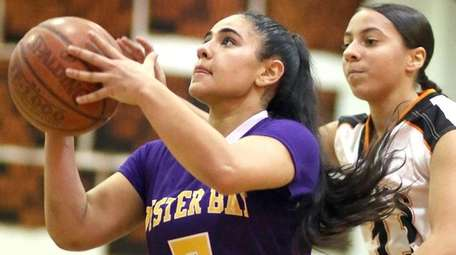 Oyster Bay's Gianna Gotti scored a game-high 24