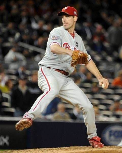 Philadelphia Phillies' Cliff Lee (34) pitches to the