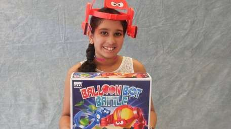 Kidsday reporter Jaslyn Kaur tested Balloon Bot Battle.