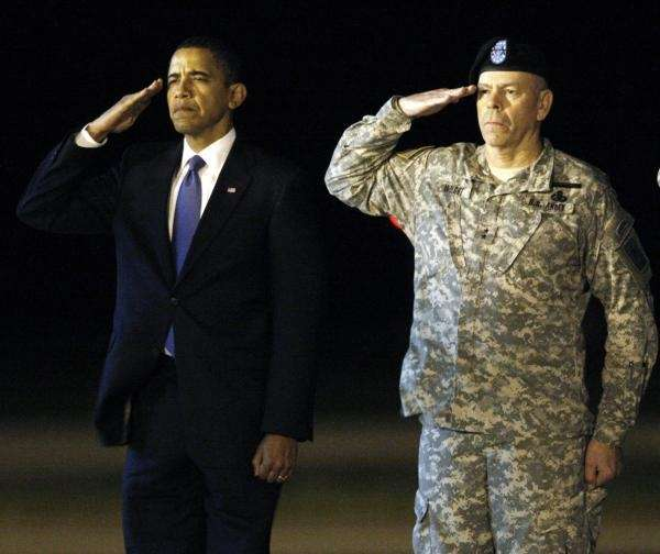 President Barack Obama , left, and Maj. Gen.