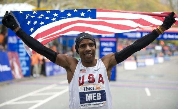 Meb Keflezighi of the US celebrates his victory