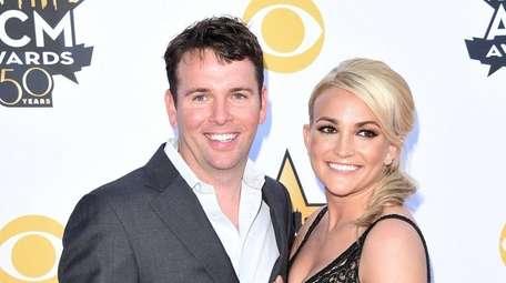 Jamie Watson and Jamie Lynn Spears at the