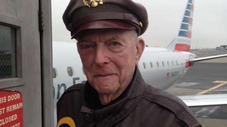 Jerry Yellin in 2015, after attending the Air