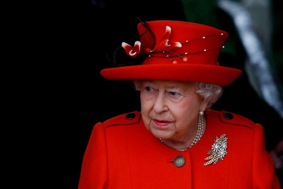 Queen Elizabeth II leaves Christmas Day service at