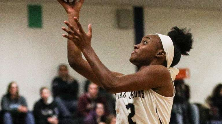 Aziah Hudson of Baldwin takes a layup against