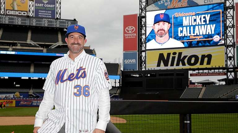 The NY Mets manager MIckey Callaway takes to
