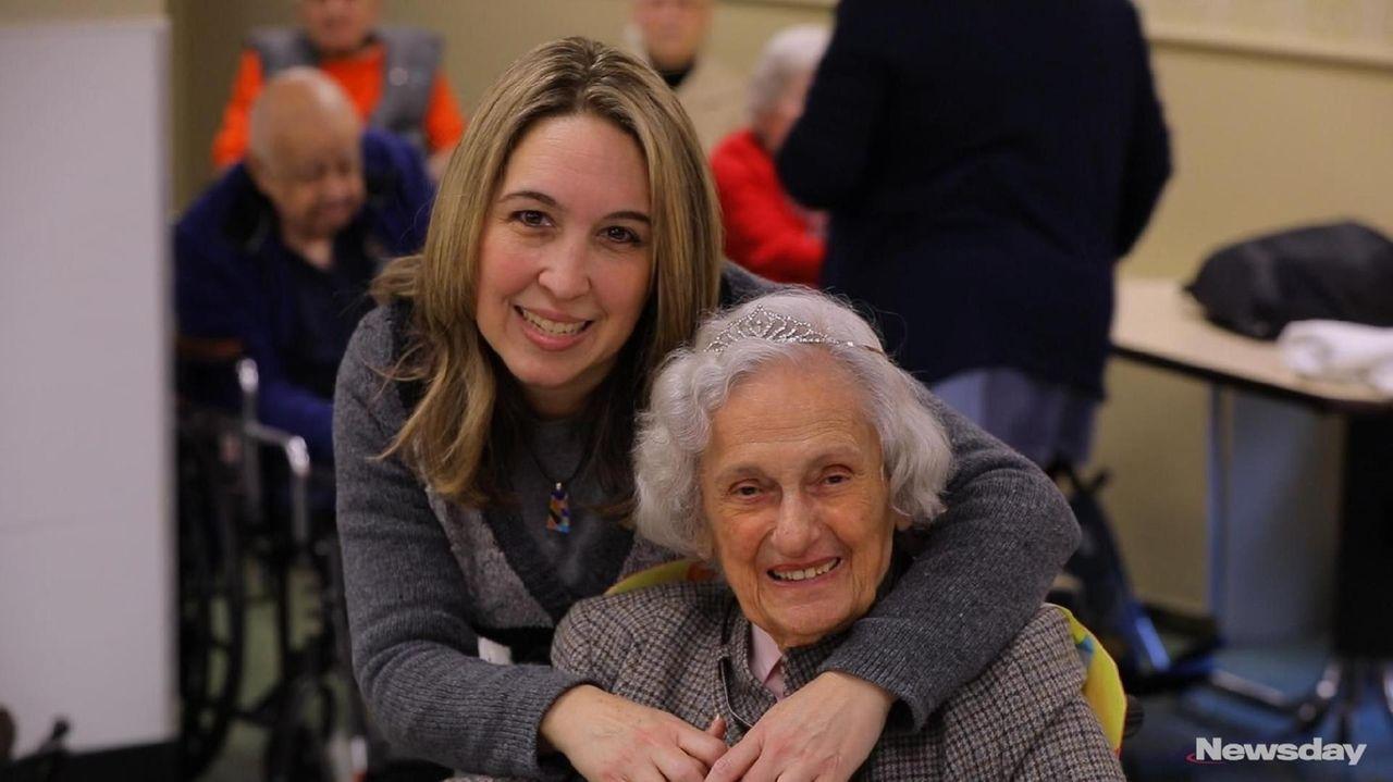 Lillian Menendez, who lives atApex Rehabilitation & Healthcare