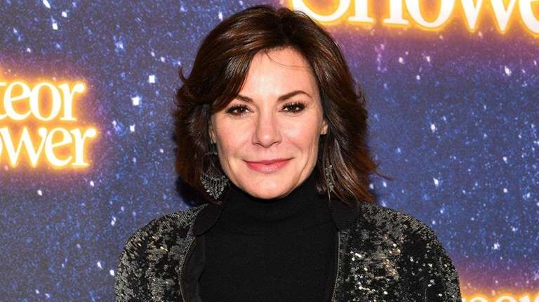 Luann de Lesseps attends opening night of