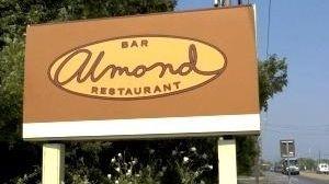 Almond in Bridgehampton (June 9, 2004)
