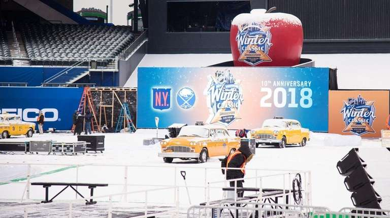 Preparations for the 2018 NHL Winter Classic at