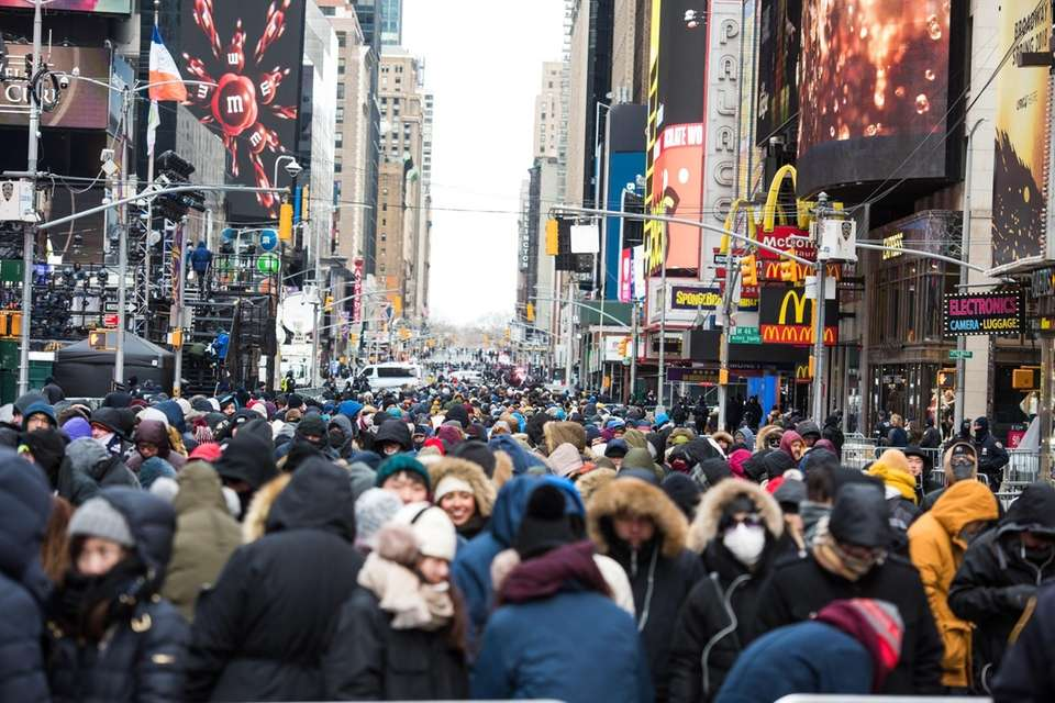 Crowds fill Times Square before the New Year's