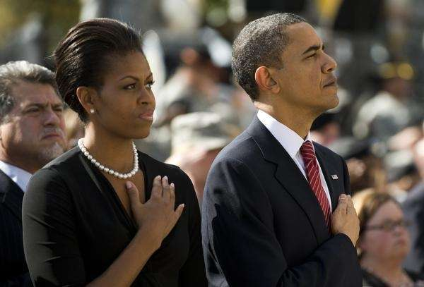 President Barack Obama (R) and First Lady Michelle