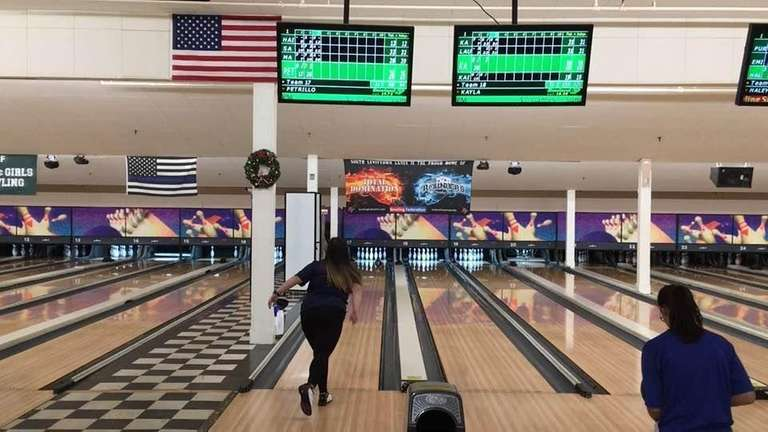 Highlights from Division girls bowling's 2-1 victory over