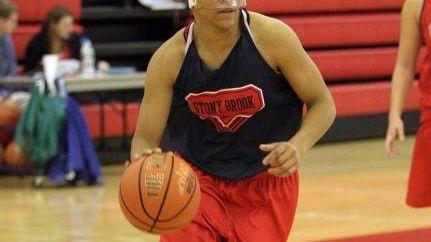 Stony Brook junior forward Kirsten Jeter (32) during