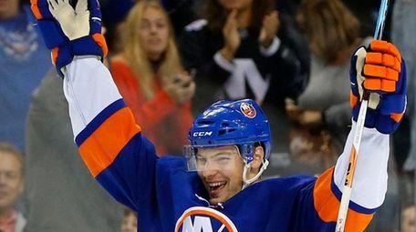 Scott Mayfield #42 of the New York Islanders
