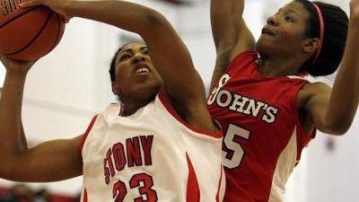 STONY BROOK UNIVERSITY- NOVEMBER 15, 2009: Stony Brook's