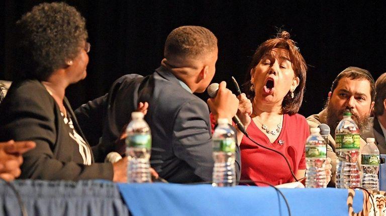 Debate gets heated between Hempstead school board members
