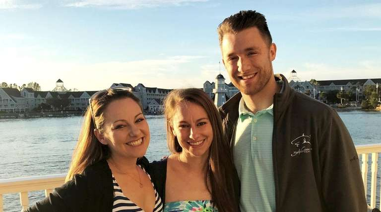 Port Jefferson Station native dies in skydiving accident