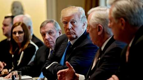 President Donald Trump meets with a bipartisan group