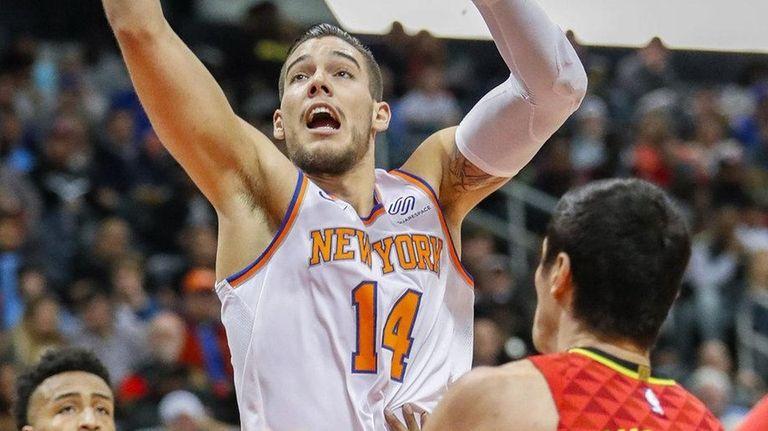 Knicks center Willy Hernangomez hasn't seen much playing