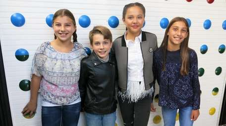 Actress Breanna Yde with Kidsday reporters, from left,