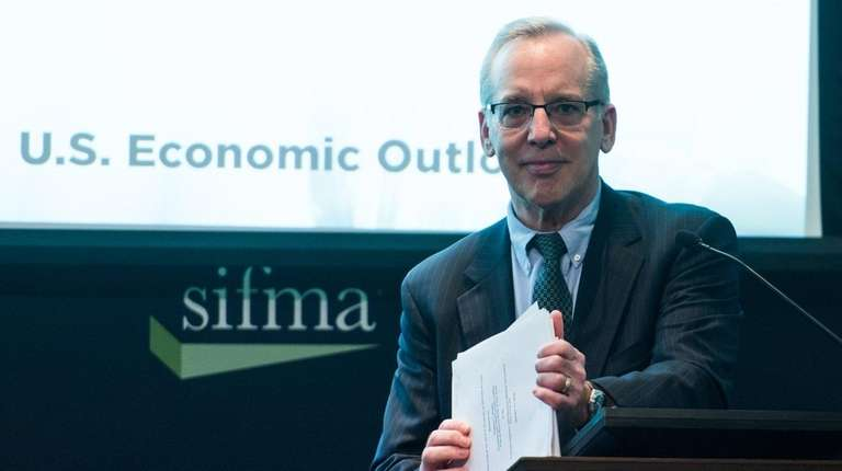 Fed's Dudley: More Rate Rises Justified if Economy Meets Expectations