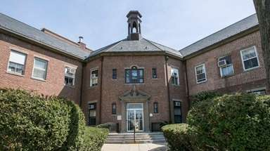 Oyster Bay Town Hall, in Oyster Bay on
