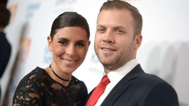 Jamie-Lynn Sigler and her husband, Cutter Dykstra,