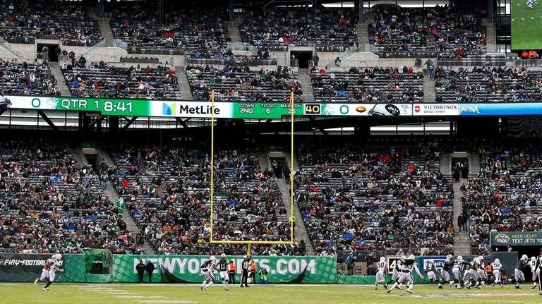 Jets reducing ticket prices on average 11 percent for 2018