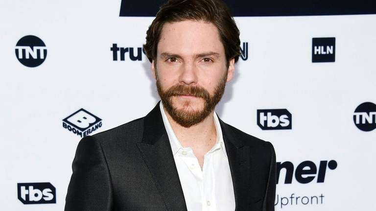 Daniel Brühl stars as an 1890s New York