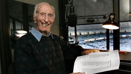 Yankees announcer Bob Sheppard smiles before he calls