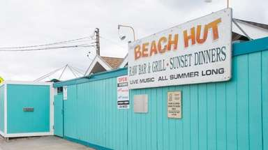 The exterior of Beach Hut at Meschutt Beach