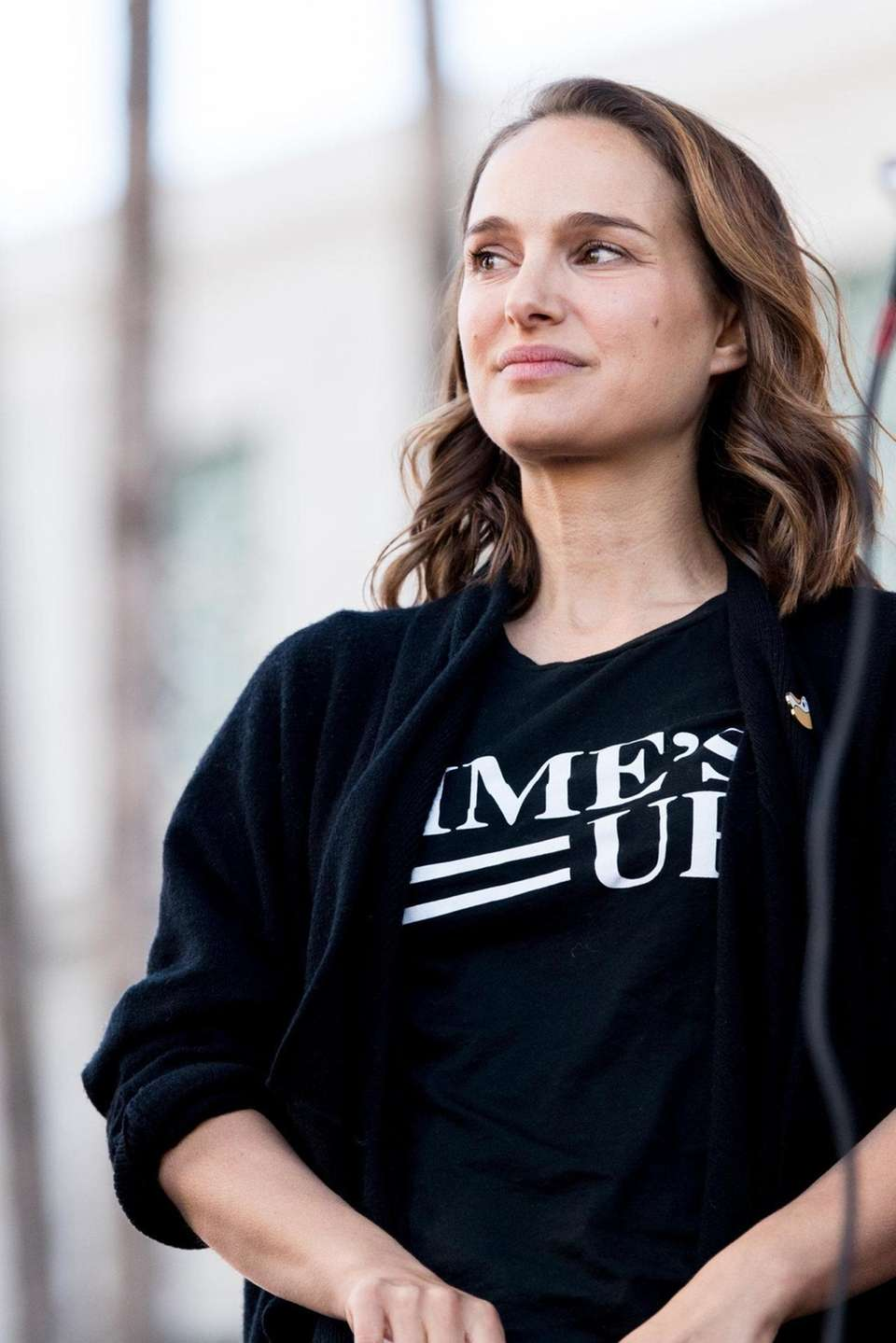 Actress Natalie Portman attends the women's march Los