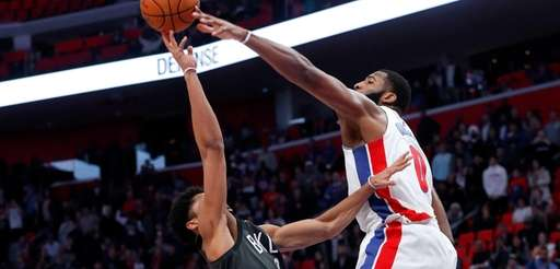 Brooklyn Nets guard Spencer Dinwiddie (8) hits the