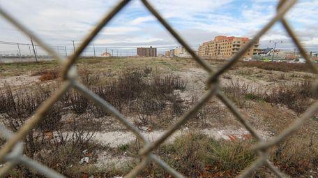 The proposed Long Beach Superblock lot between Long