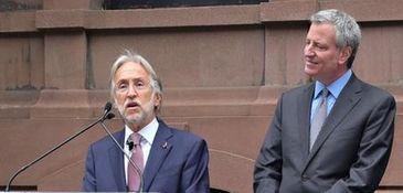 Recording Academy chief Neil Portnow and Mayor Bill