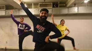 Bhangra Theory Dance Team held a workout and
