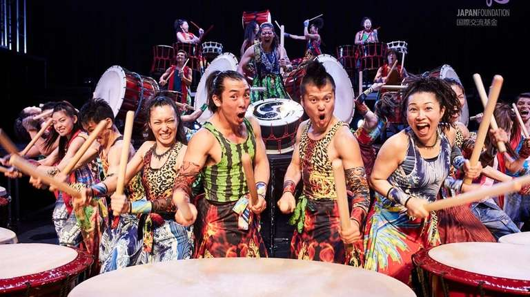The Yamato drummers bring their enthusiastic show to