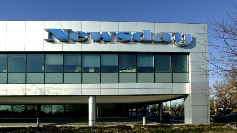 The main Newsday building facing Pinelawn Road in