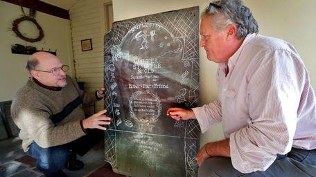 Walter Skold, left, and gravestone carver Michael Updike
