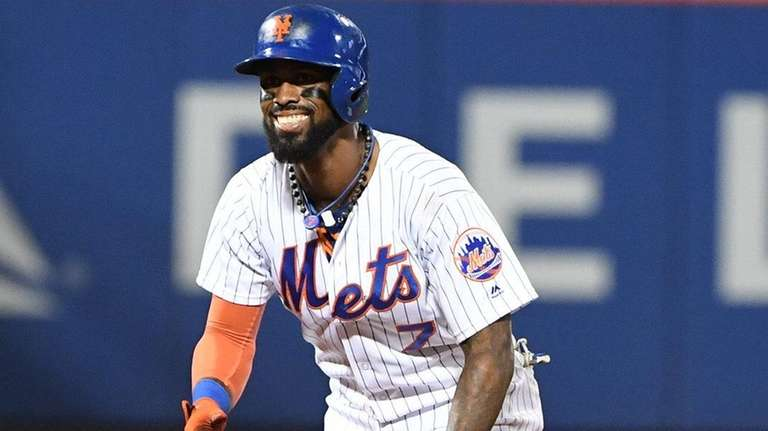 Jose Reyes agrees with Mets on one-year contract