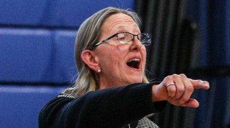 Copiague coach Carole Olsen during a Suffolk III