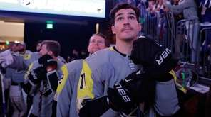 Brian Boyle of the Devils waits to