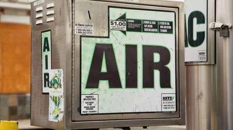 are gas stations required to provide free air