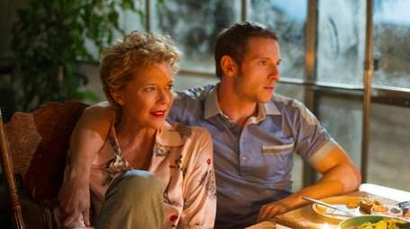 Annette Bening plays a fading screen siren and