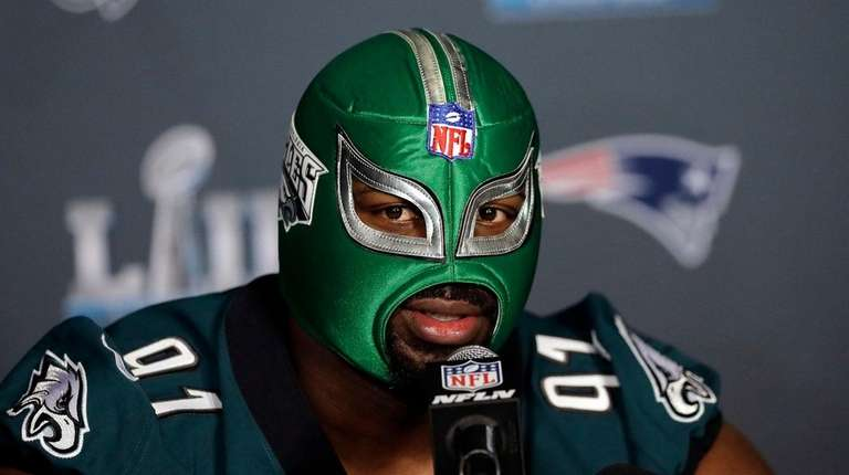 official photos 2962c f4b08 Super Bowl LII: Eagles' Fletcher Cox is an intimidating ...